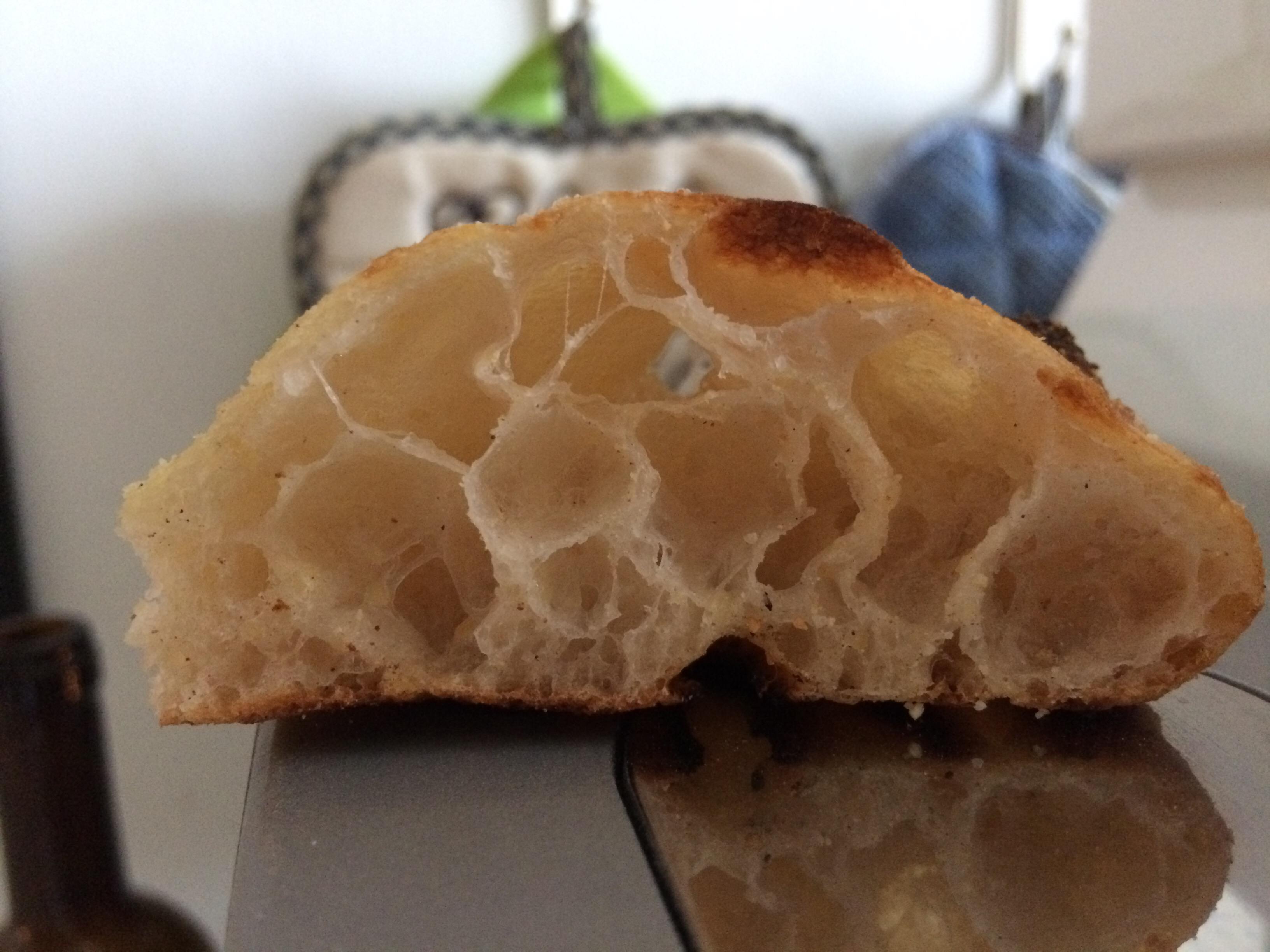 Focaccia con farina di soia e mais. Leggerezza e gusto